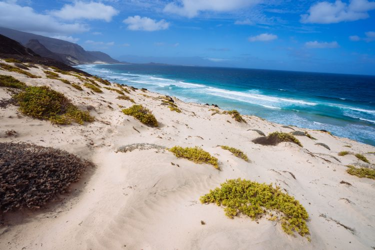 Plage de Baia das Gatas sur l'île de Sao Vicente