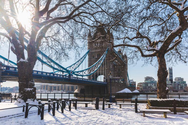 Tower bridge à Londres en hiver